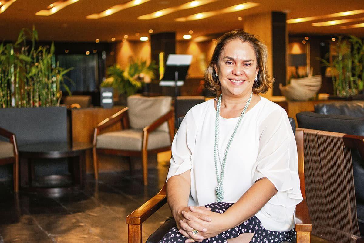 Lili Santrich es la primera mujer que lo dirige en cinco décadas. Servicio y hacer felices a los clientes: prioridad.