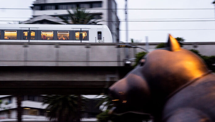 El Metro de Medellín conecta a los turistas gracias City Card, la tarjeta turística digital