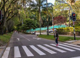 En El Poblado se instalaron nuevos cruces semafóricos, para regular la movilidad