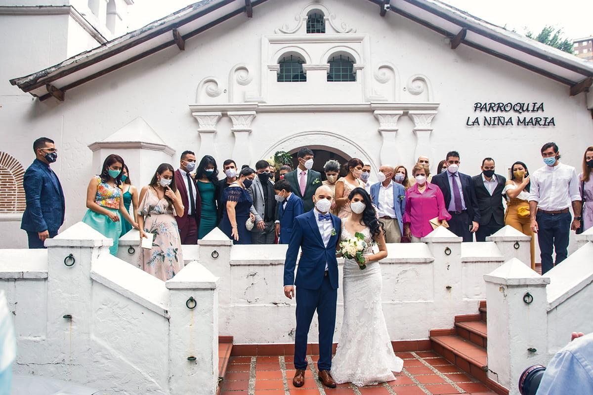 Alejandra Villarraga y Juan Camilo Durango contrajeron matrimonio en la iglesia de la Niña María, de Envigado, el pasado 3 de julio.