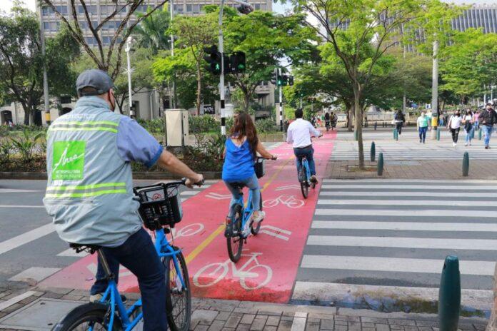 Monitorean en bicicleta la calidad del aire y el ruido en Medellín y el Aburrá