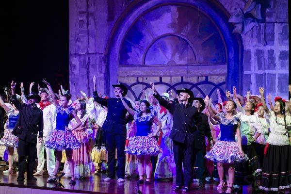 """""""Músicas del mundo"""" en Casa Teatro El Poblado"""