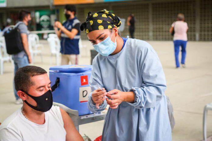 Plan Nacional de Vacunación en Antioquia: 3.301.904 dosis aplicadas