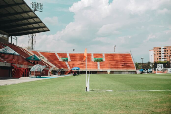 Regresa el público al Estadio Polideportivo Sur de Envigado