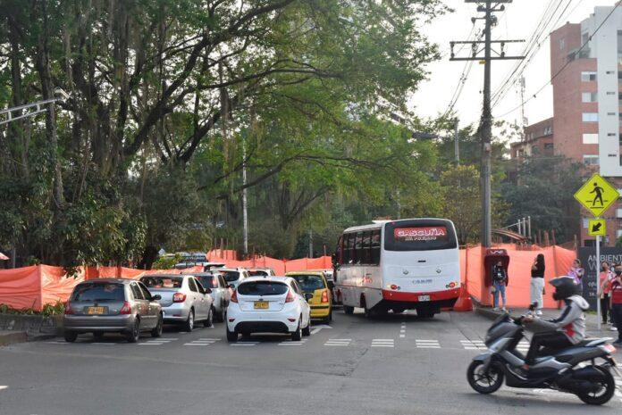 cierre en la avenida El Poblado por obras del Metroplús