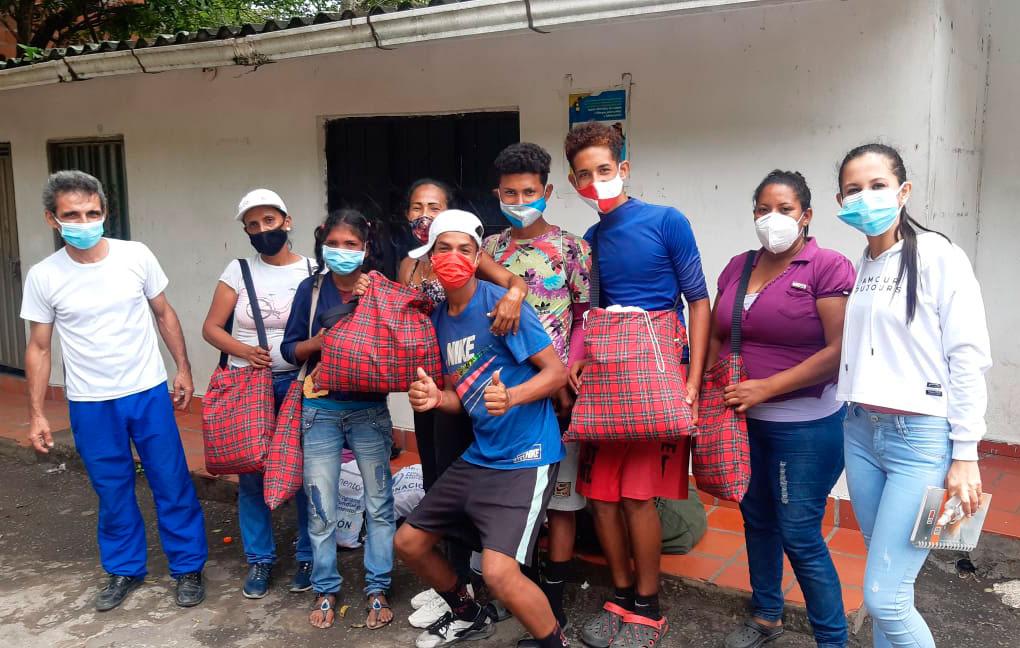 Como estos venezolanos, más de cinco millones, en los últimos cinco años, se han desplazado a Colombia y países vecinos, buscando una nueva oportunidad.