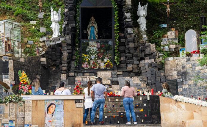 El Santuario de la Rosa Mística de El Poblado: centro de peregrinación popular