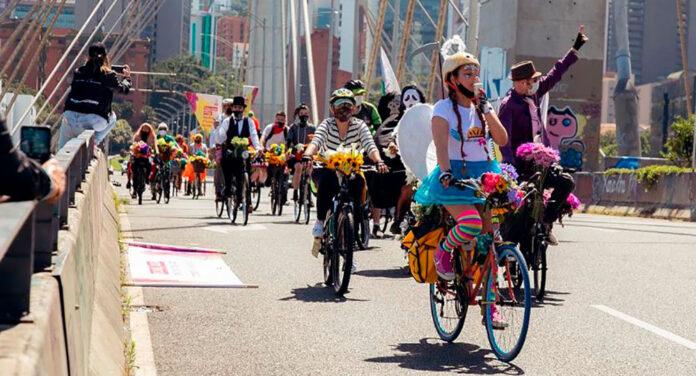 Feria de las Flores 2021 a Ritmo de Bicicleta