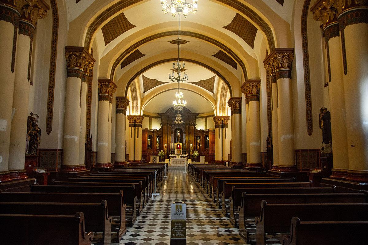 Los planos del templo actual fueron diseñados por el arquitecto Horacio Marino Rodríguez, hermano del fotógrafo Melitón Rodríguez.