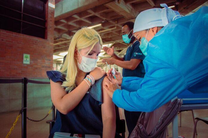 Plan de Vacunación en Medellín: cerca de 2 millones de dosis aplicadas
