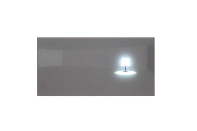8. Lámpara en el piso -Anibal Gomescasseres