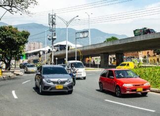 Pico y placa en Medellín para motos y vehículos este martes 19 de octubre