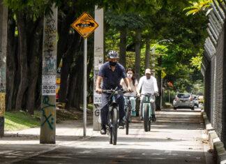"""""""Al trabajo en bicicleta"""" en Medellín todos los miércoles"""