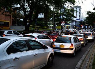 Pico y placa en Medellín para motos y vehículos este viernes 15 de octubre
