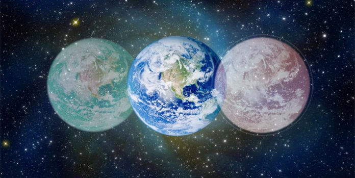 """Dicen los textos sagrados hindúes: """"En el principio todo era agua"""". Tres cuartos de la composición de la Tierra y dos tercios de la composición del cuerpo humano son agua."""