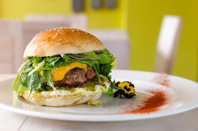 Burger Factory: Hamburguesa gourmet con sello propio Dejar volar la creatividad y fabricar una hamburguesa al gusto personal