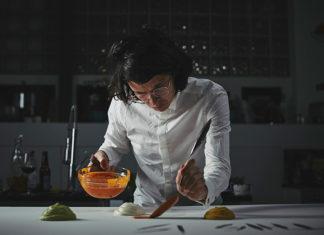El chef colombiano Charles Michel hace parte de The Final Table, reality de Netflix.