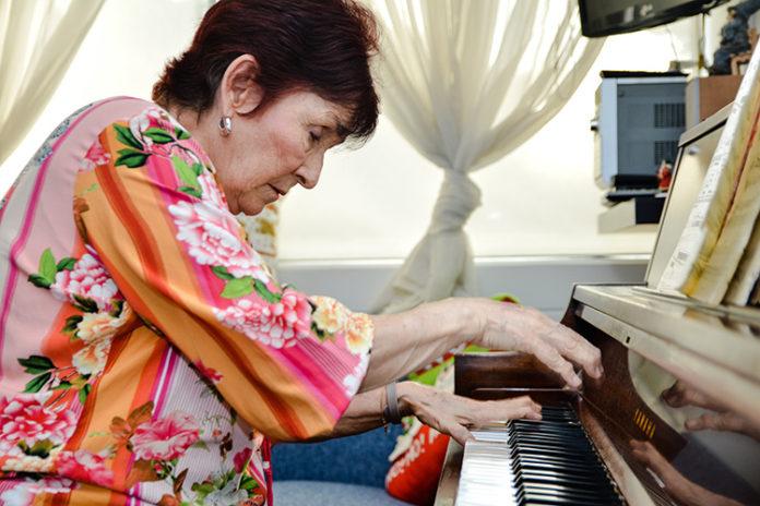 Consuelo Mejía, una maestra de piano