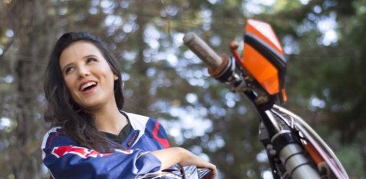 Sara Sanchez - Sasa y el motocross, un amor extremo