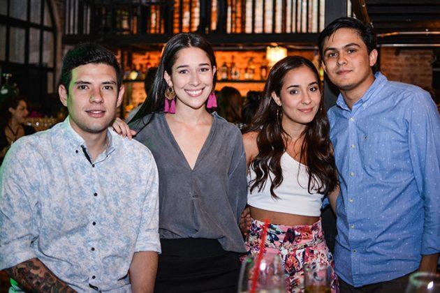 Matias Maya, Sofia Bustamante, Daniela González y Sebastián Garcés