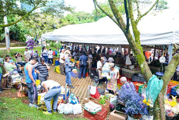 Los Mercados Campesinos en El Poblado