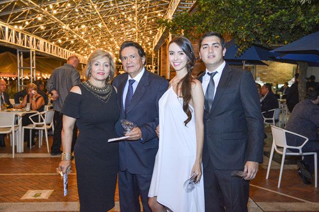 Patricia Sepulveda, Emiro López, Laura Delgado y Andrés Felipe López