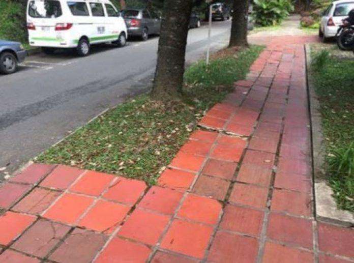 Acera en La Aguacatala