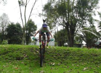 terrenos inclinados en la bicicleta