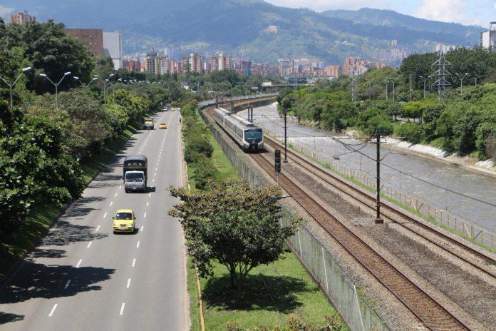 Día sin Carro en Medellín (foto Twitter @alcaldiamed)