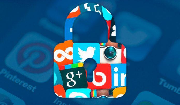 Redes sociales vida laboral y la privada